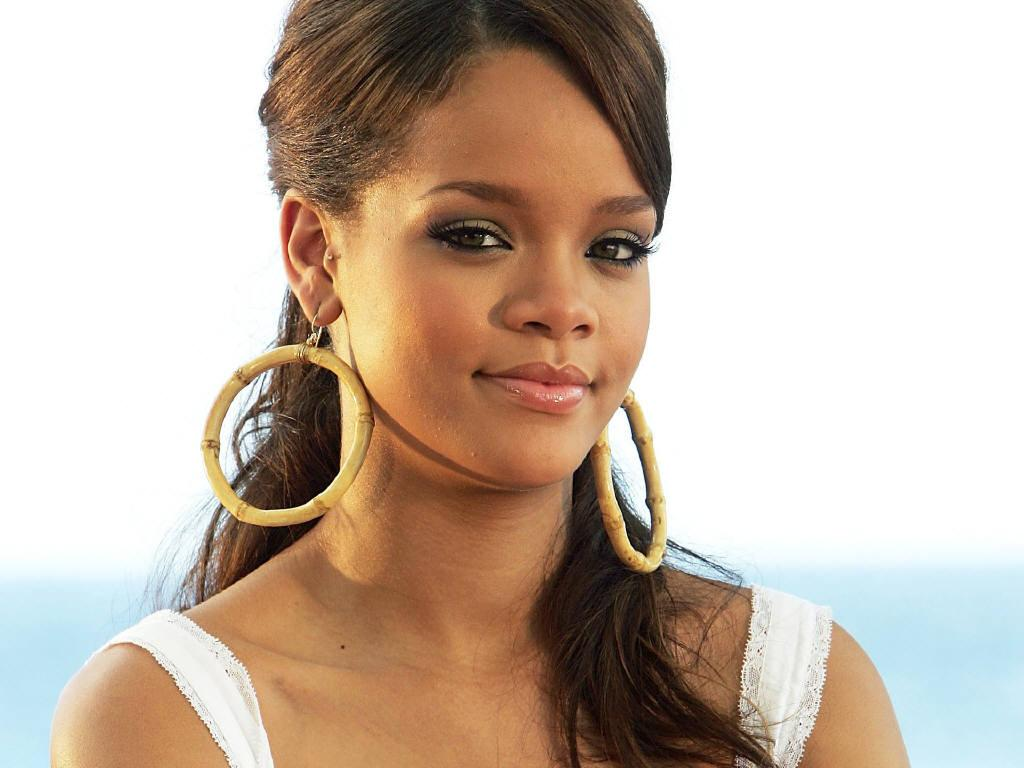 Robyn Rihanna Fenty cute wallpapers - Hollywood Celebrity ... Rihanna