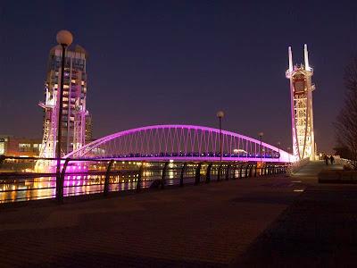 Puente en Trafford (Manchester)