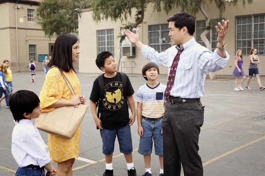 El reparto al completo de la serie, con Constance Wu y Randall Park