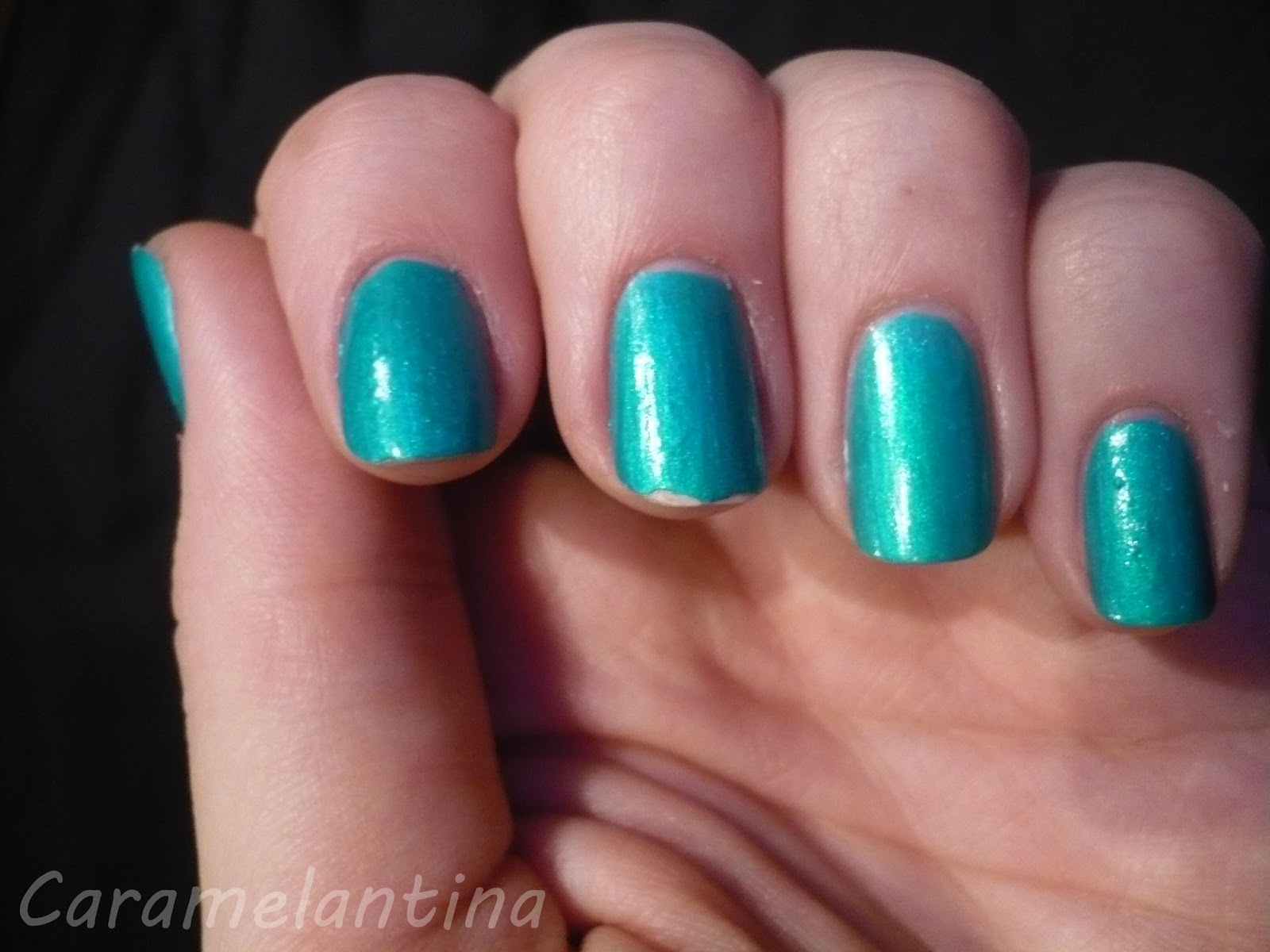 China Glaze Turned Up Turquoise, opiniones swatch review