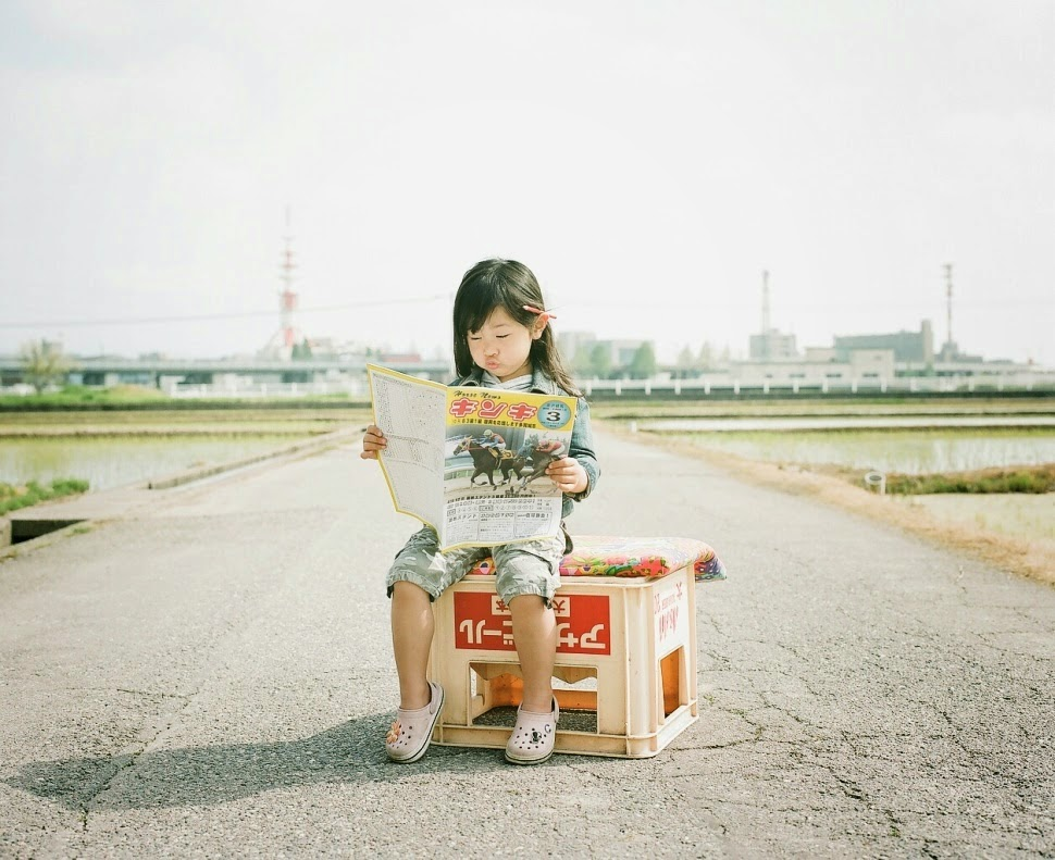 Japanese Photographer Takes Cutest Photos of His 4-year-old Daughter