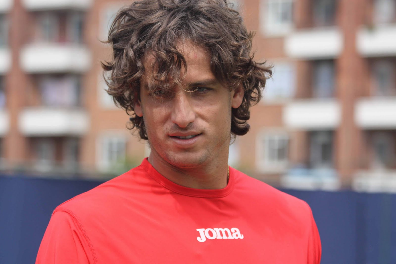 http://1.bp.blogspot.com/-QRgbXPpYjvM/TiVeV9p5rBI/AAAAAAAADNw/_DN5EP2BIvk/s1600/feliciano-lopez-haircut-2011-2.jpg