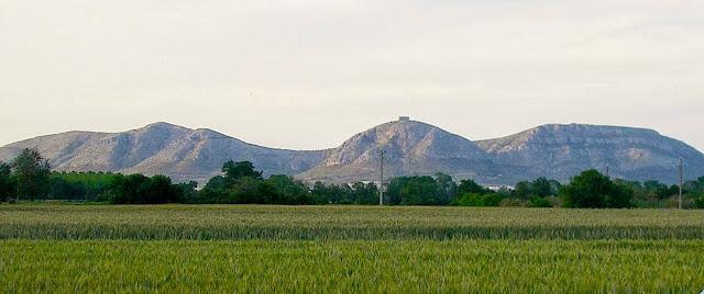 Massís de Torroella de Montgrí (el bisbe adormit)