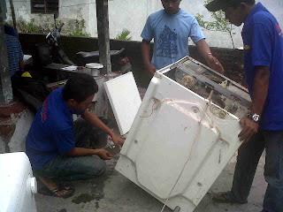 Service mesin cuci buntu