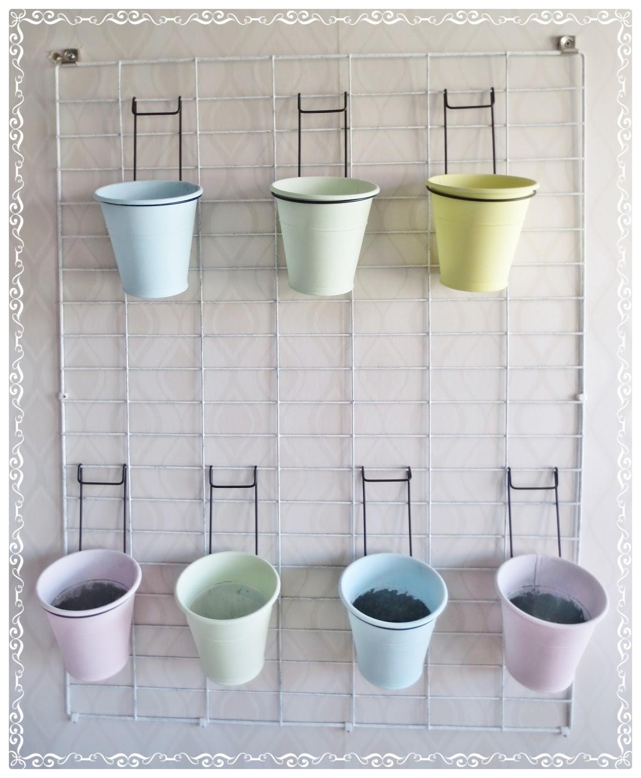 Kickis sytt nytt och nött Förvarings hållare av kompostgaller att hänga på väggen
