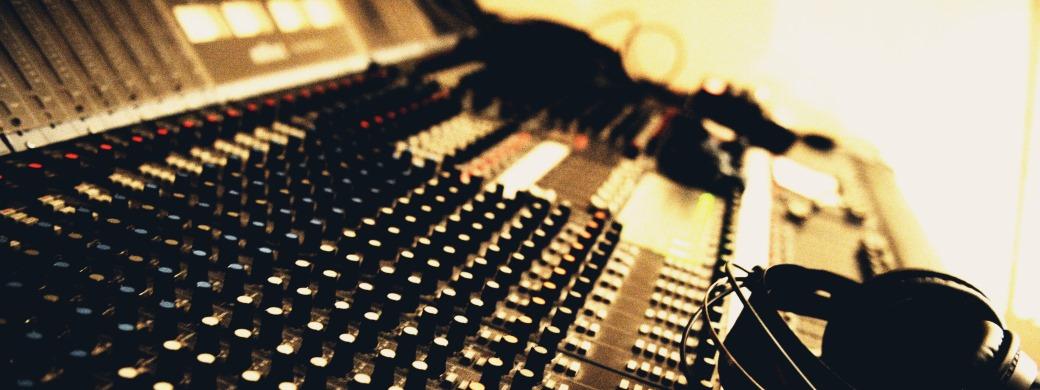 Formation ingénieur du son au studio d'enregistrement Medusa Prod à Marseille