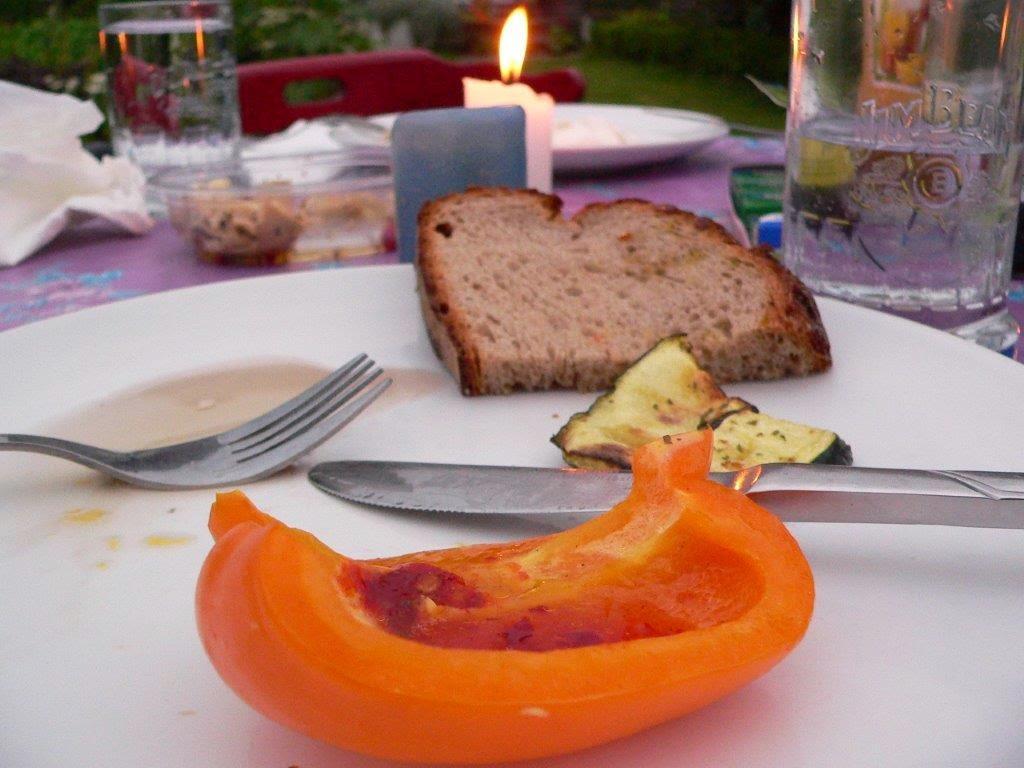 Grillen Entschleunigung Entspannung Freizeit Herbst Paprika Gemüse
