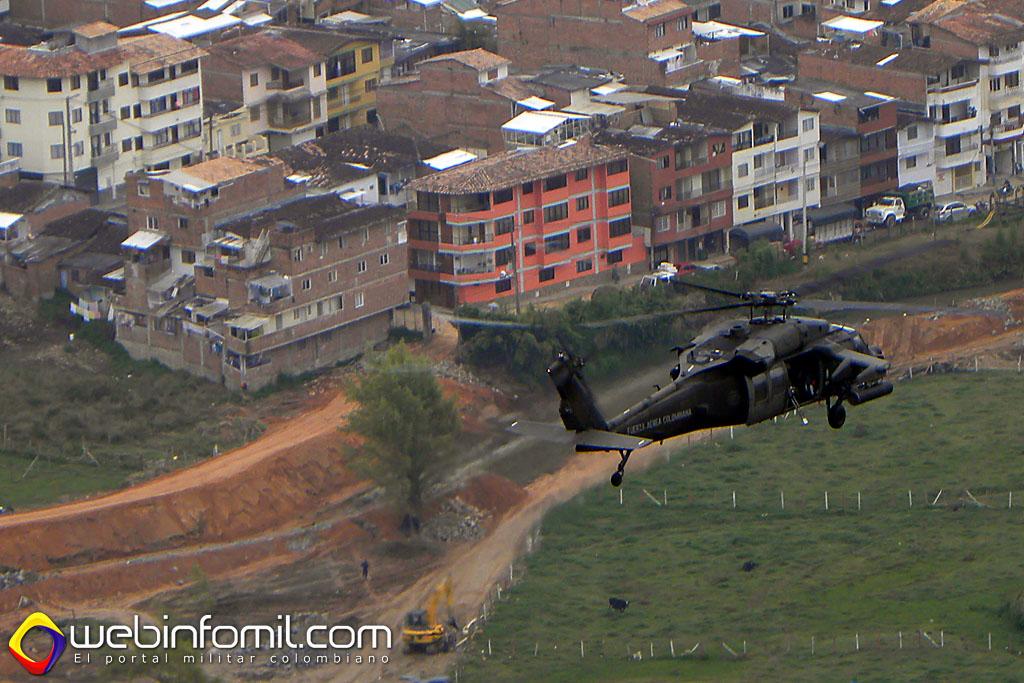 El Comando Aéreo de Combate No.5 se encuentra realizando patrullajes diarios y nocturnos en Antioquia y Chocó con el fin de brindar seguridad a todos los colombianos en esta Semana Santa.