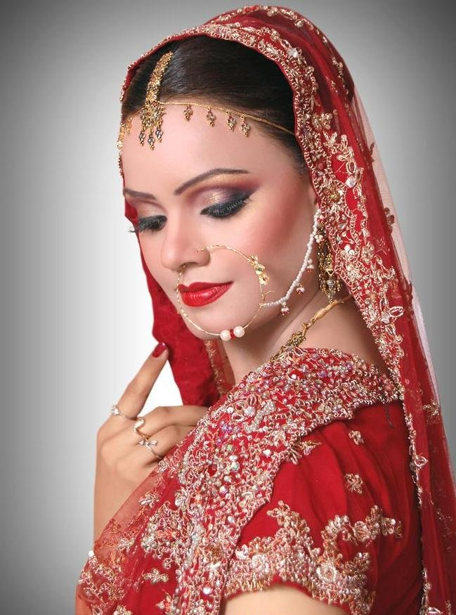 Bridal Makeup Pics Latest : MixFashion: Glitter Bridal Eye Makeup