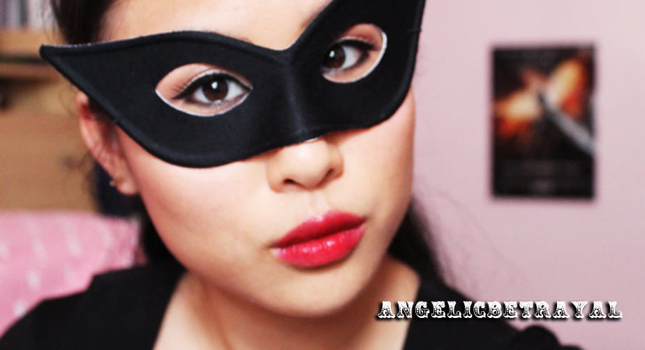 Anne Hathaway Catwoman Inspired Makeup Tutorial