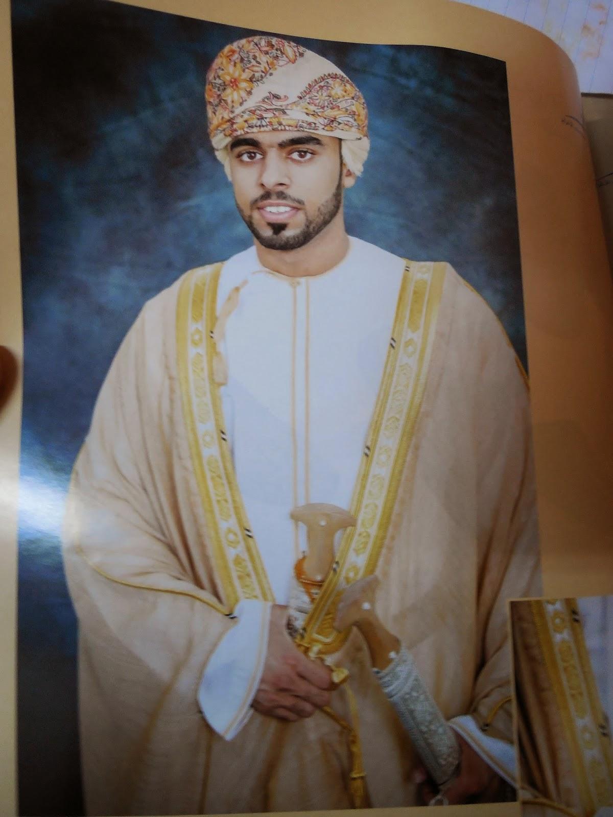 Omani Men Dress Wedding Best Dresses Collection