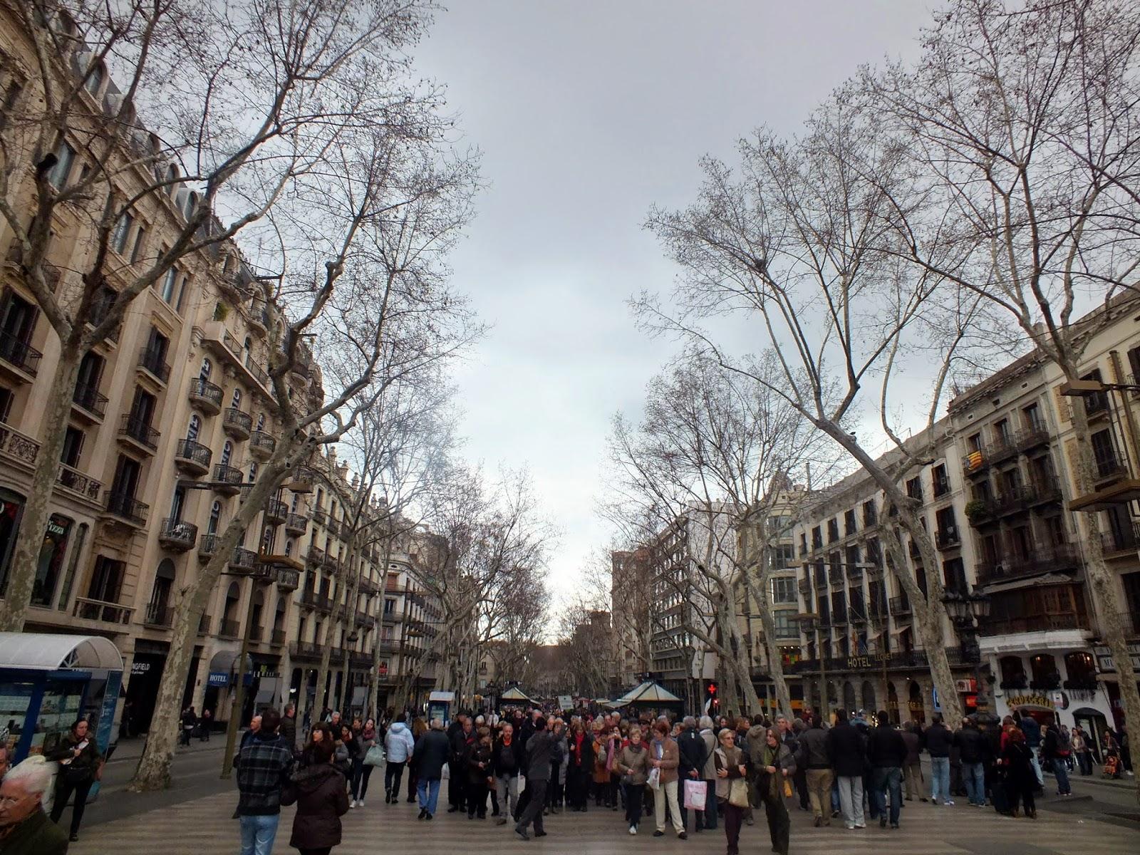 Diario del viaje a barcelona parte i gracia las for Horario oficinas catalunya caixa
