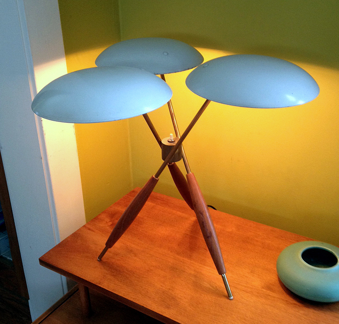 A Gerald Thurston Tripod Table Lamp Brass And Walnut Legs With Enameled Metal Shades