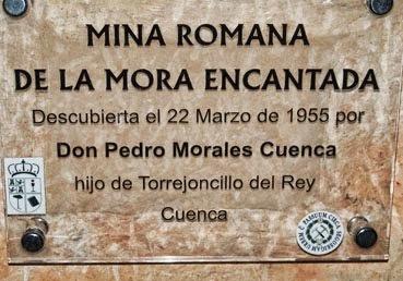 Placa homenaje al descubridor