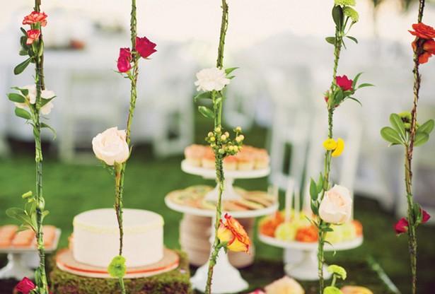 festa no jardim katherine mansfield: próprio jardim, e/ou caprichando nos arranjos de centro das mesas