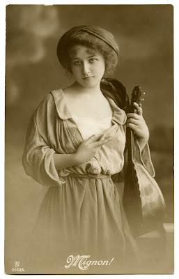Старая фотография - Gypsy Woman