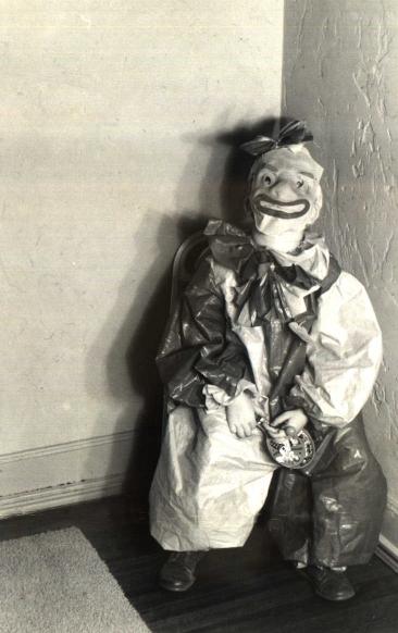 18 creepy vintage photographs extremely weird stuff