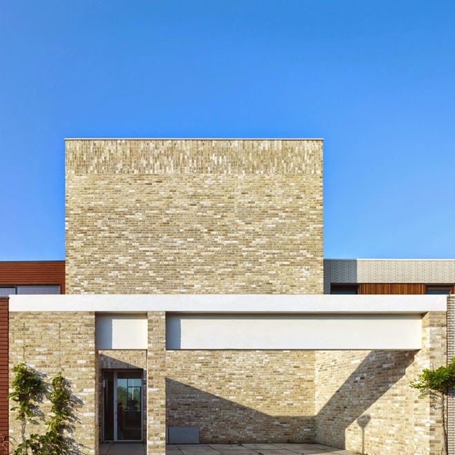 Casas minimalistas y modernas casa en amsterdam de diseno for Zapateros de diseno minimalista