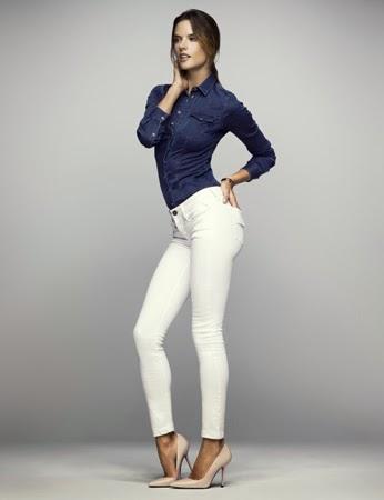 Hyperflex jeans Replay FC Barcelona ropa mujer Alessandra Ambrosio