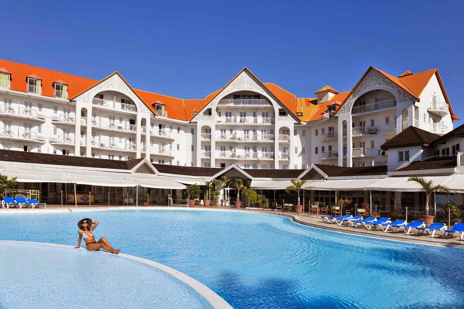 Mercure creolia saint denis la reunion 100 euros hotel 4 for Hotels saintes
