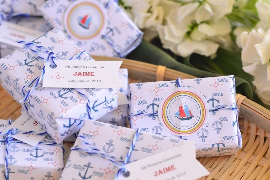 detalles primera comunion niño jabones marineros