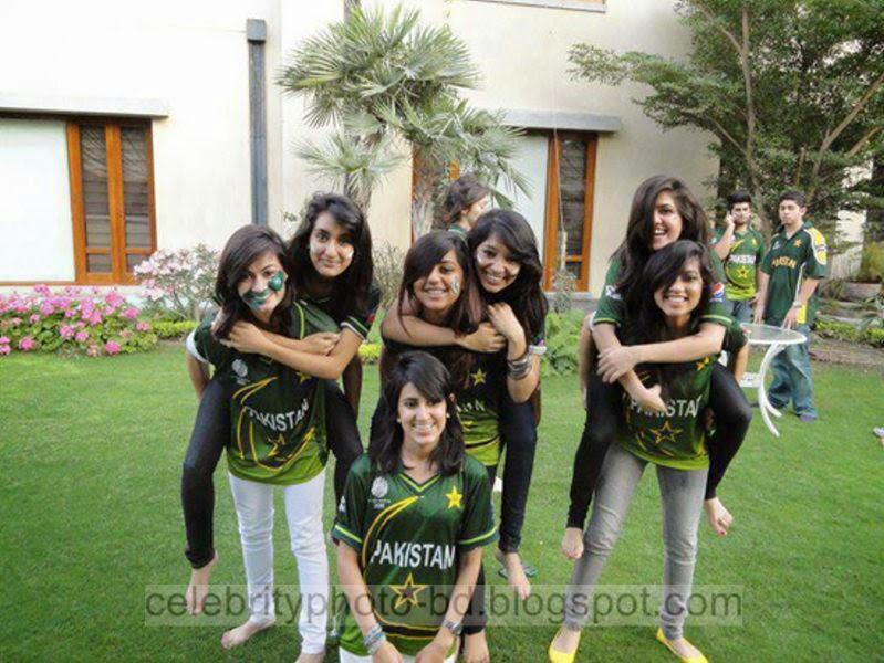 Beautiful%2BCute%2BPakistani%2BGirls%2BLatest%2BWallpapers%2B2014008