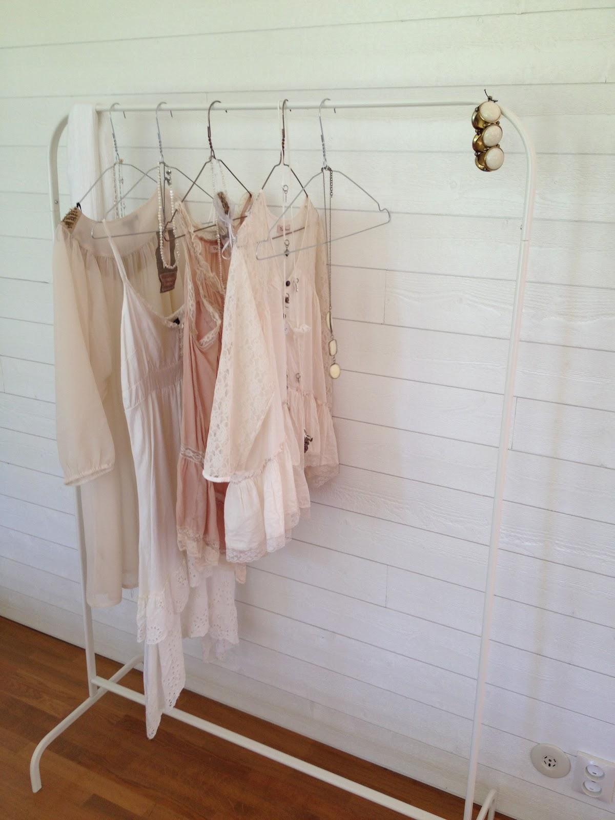 Carolinas little blogg Klädhängare& Vintage