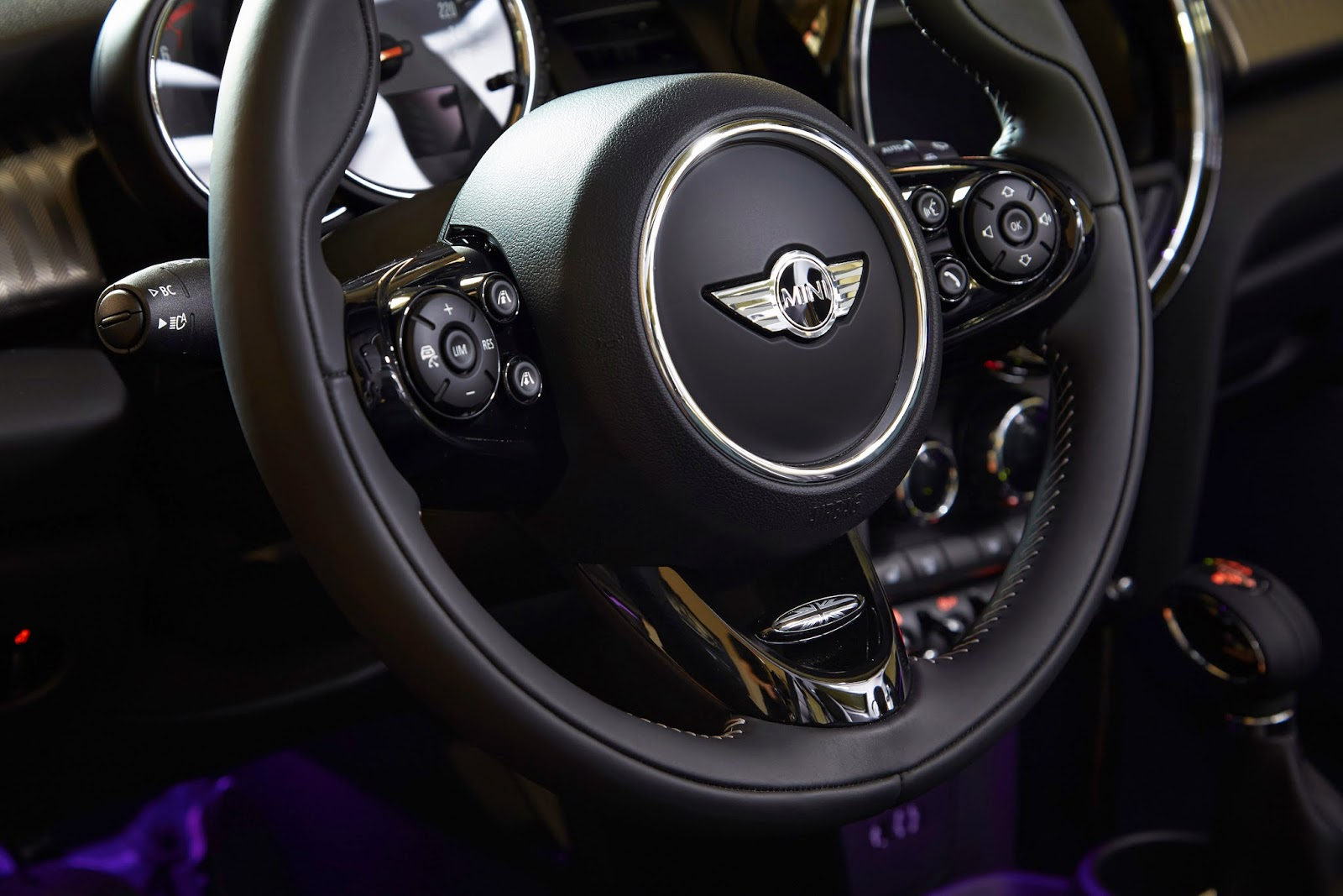 Steering wheel detail of the 2015 Mini Cooper S Hardtop 4 Door