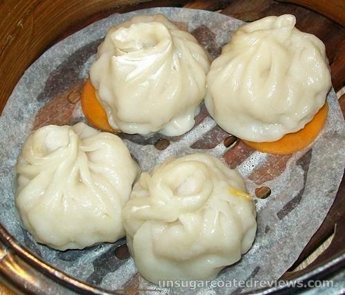 shao long pao / xiao long bao at Mongkok Dimsum & Noodles