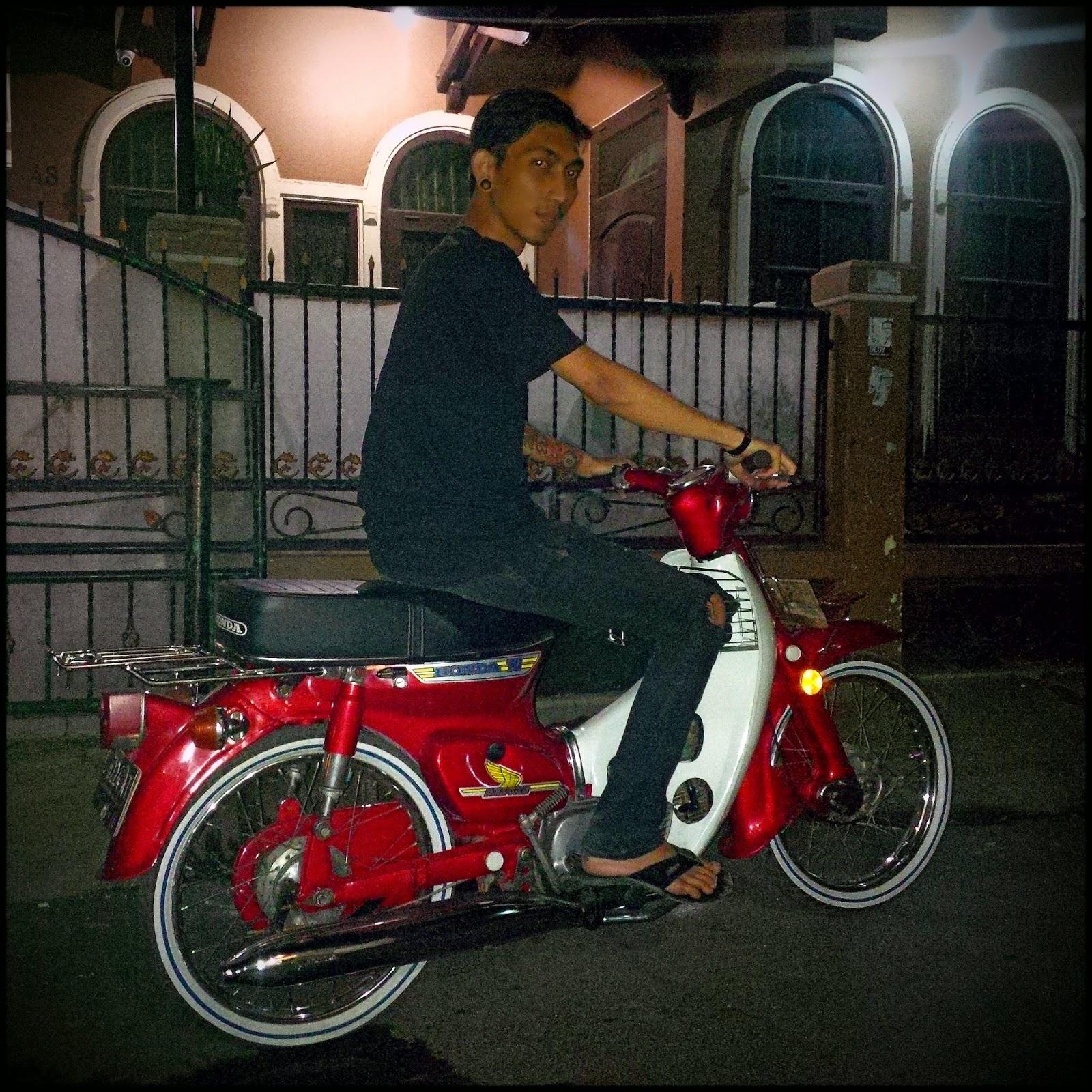 Bengkel Modifikasi Motor Honda C70 Restorisasi Orsinil Bandung