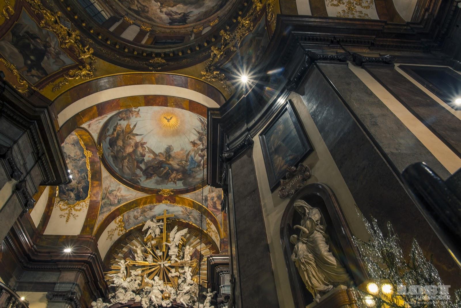 Храм святого Франциска Ассизского в Праге