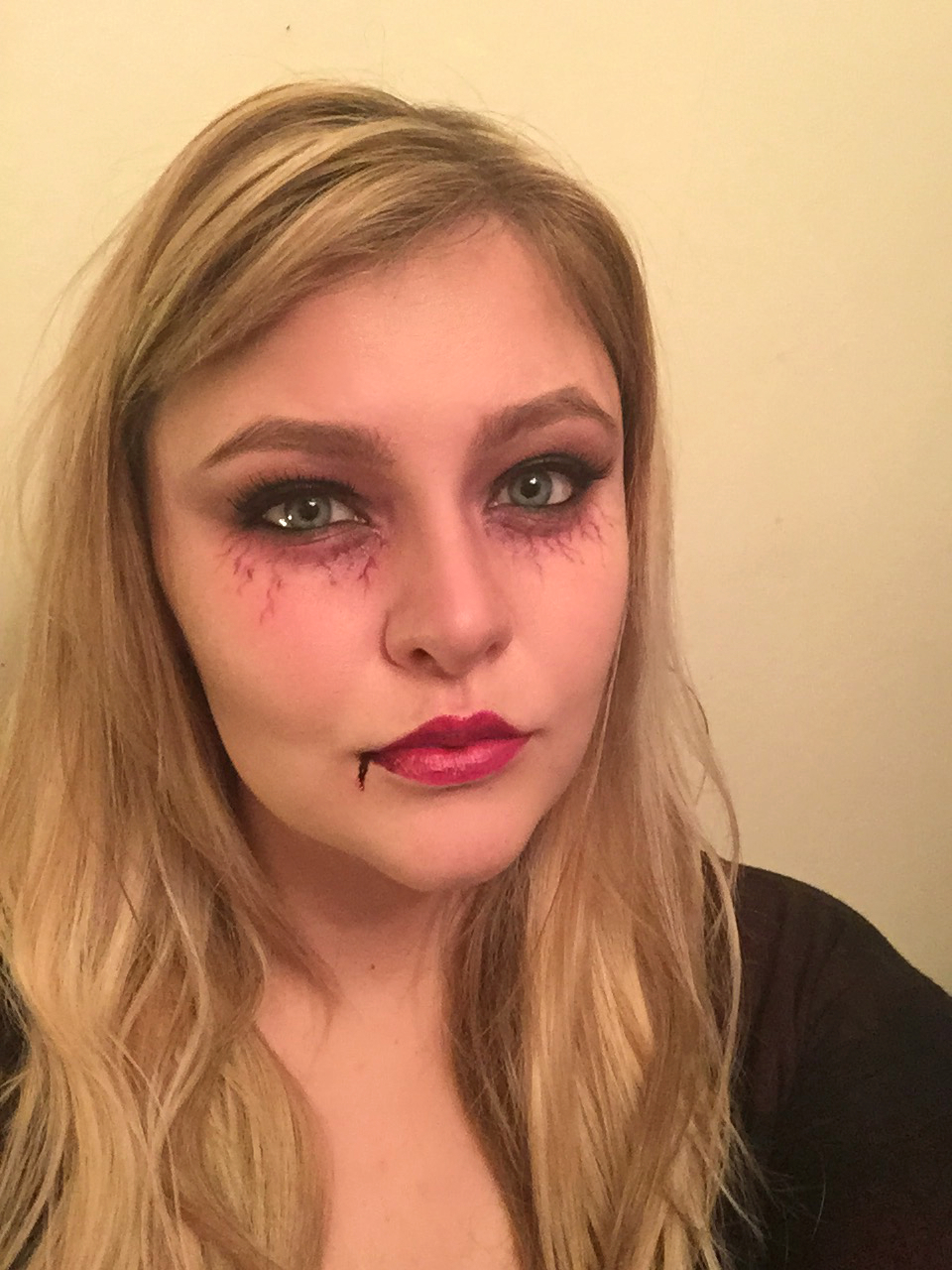 Glam Vampire Tutorial - Simple Halloween Makeup #3   Bristolian Beauty