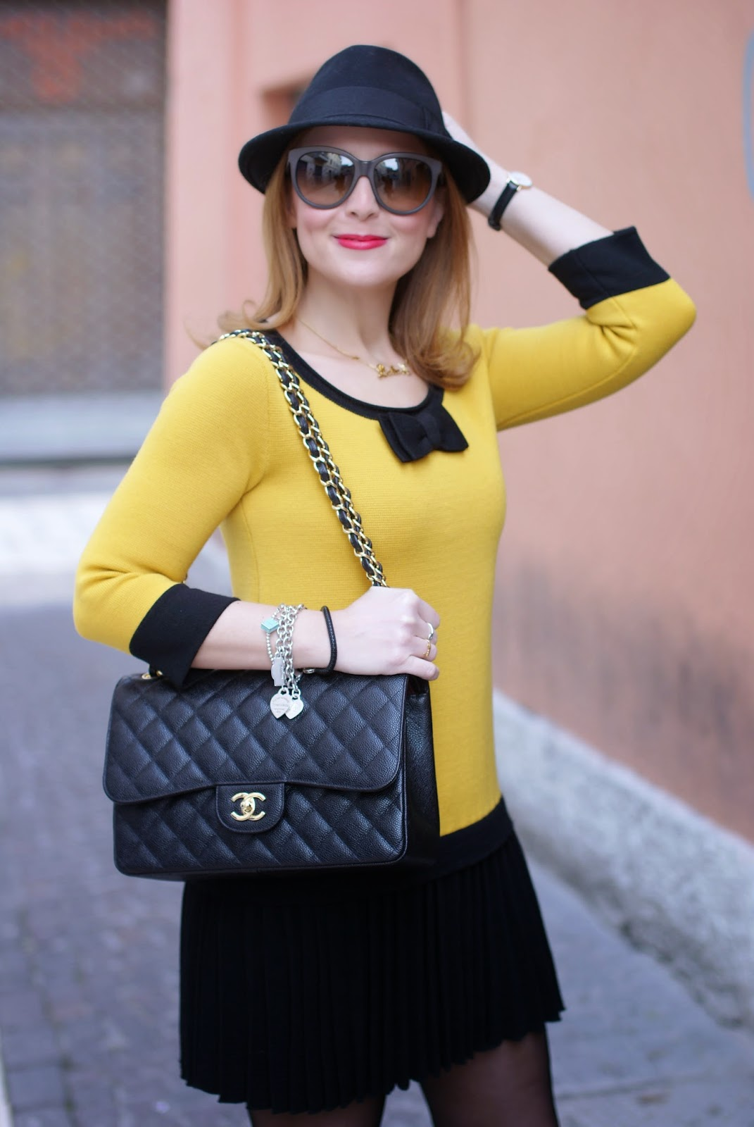 twin-set simona barbieri dress, abito twin set, fedora H&M, Chanel 2.55 classic flap, Fashion and Cookies fashion blog, fashion blogger