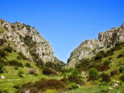 http://garganistan.blogspot.it/2014/04/valle-dellinferno.html