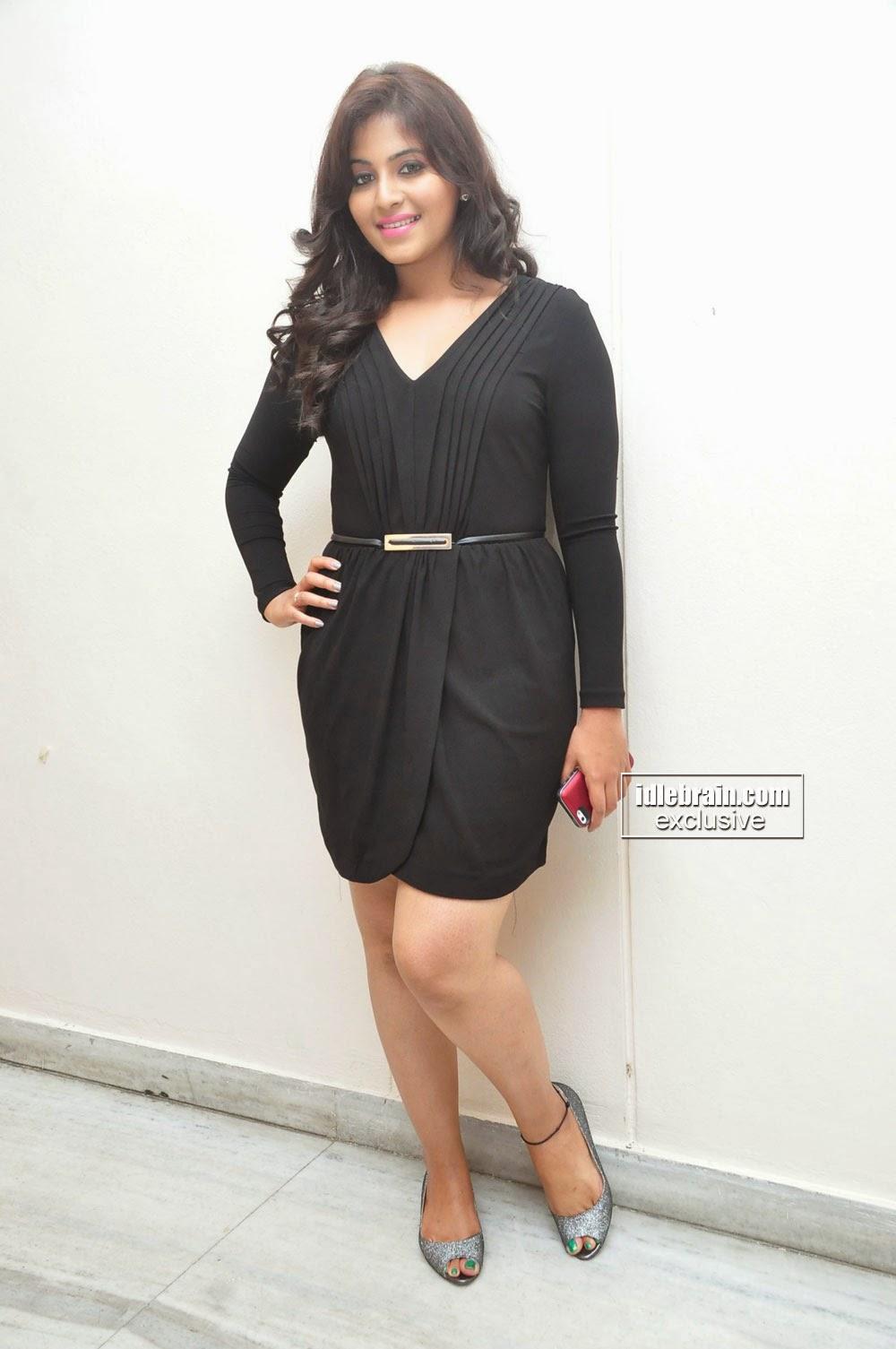 Anjali dress short black