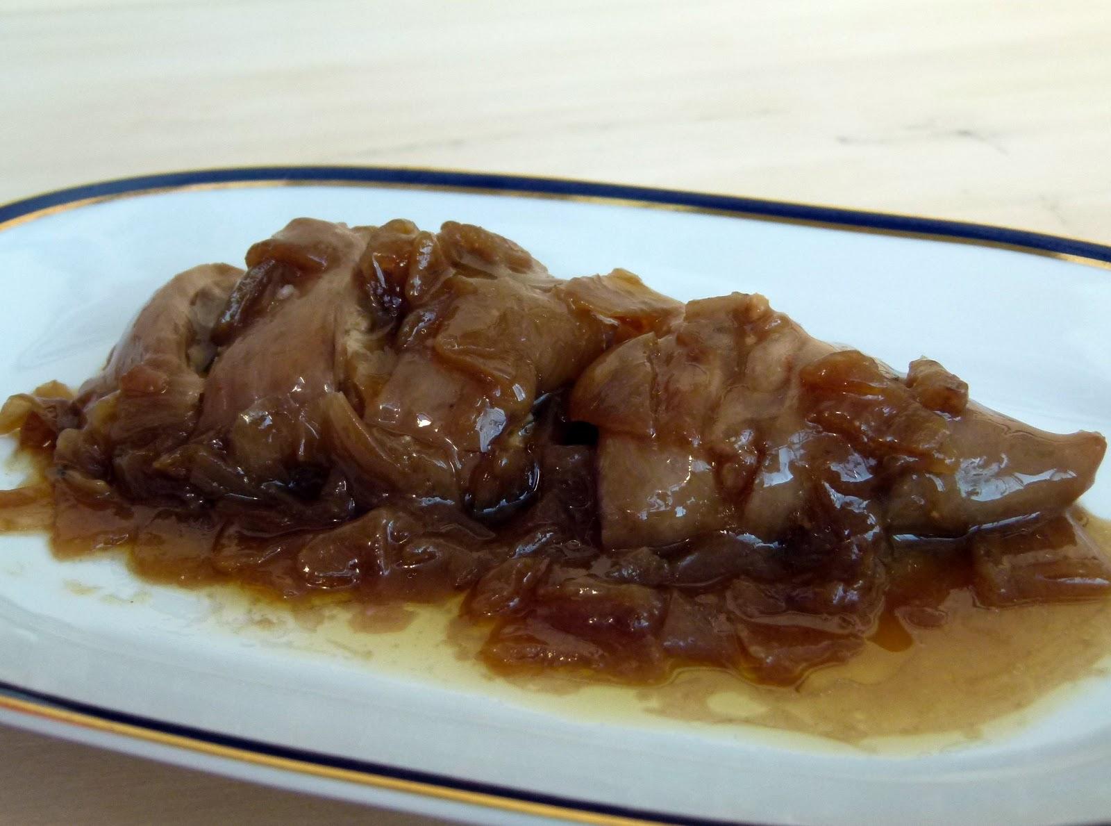 Calamares rellenos en salsa de cebolla al calor del horno - Salsa para calamares rellenos ...