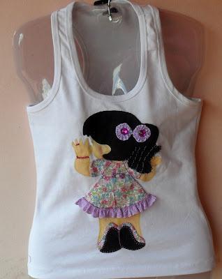 Camisetas em patchaplique ,artesato ,bordado a mão