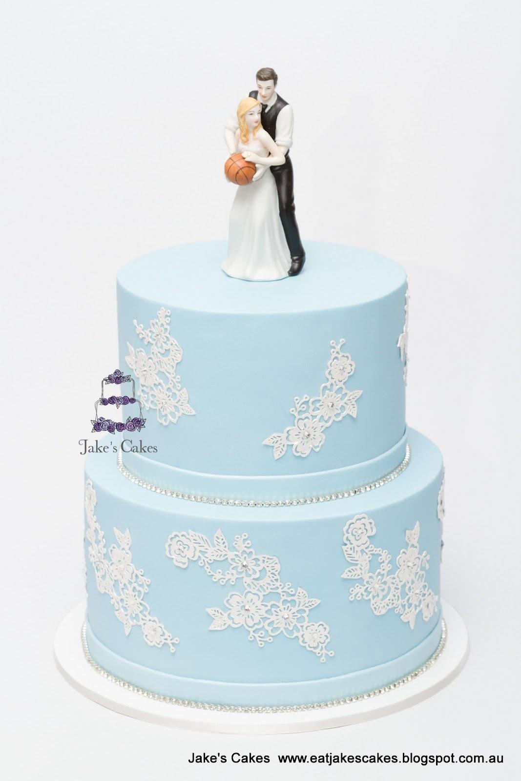 Jake s Cakes Lace Bling Wedding Cake
