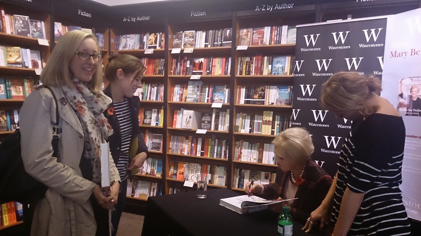 http://www.morethanjustacupcakelover.co.uk/2014/11/the-one-where-i-met-mary-berry.html