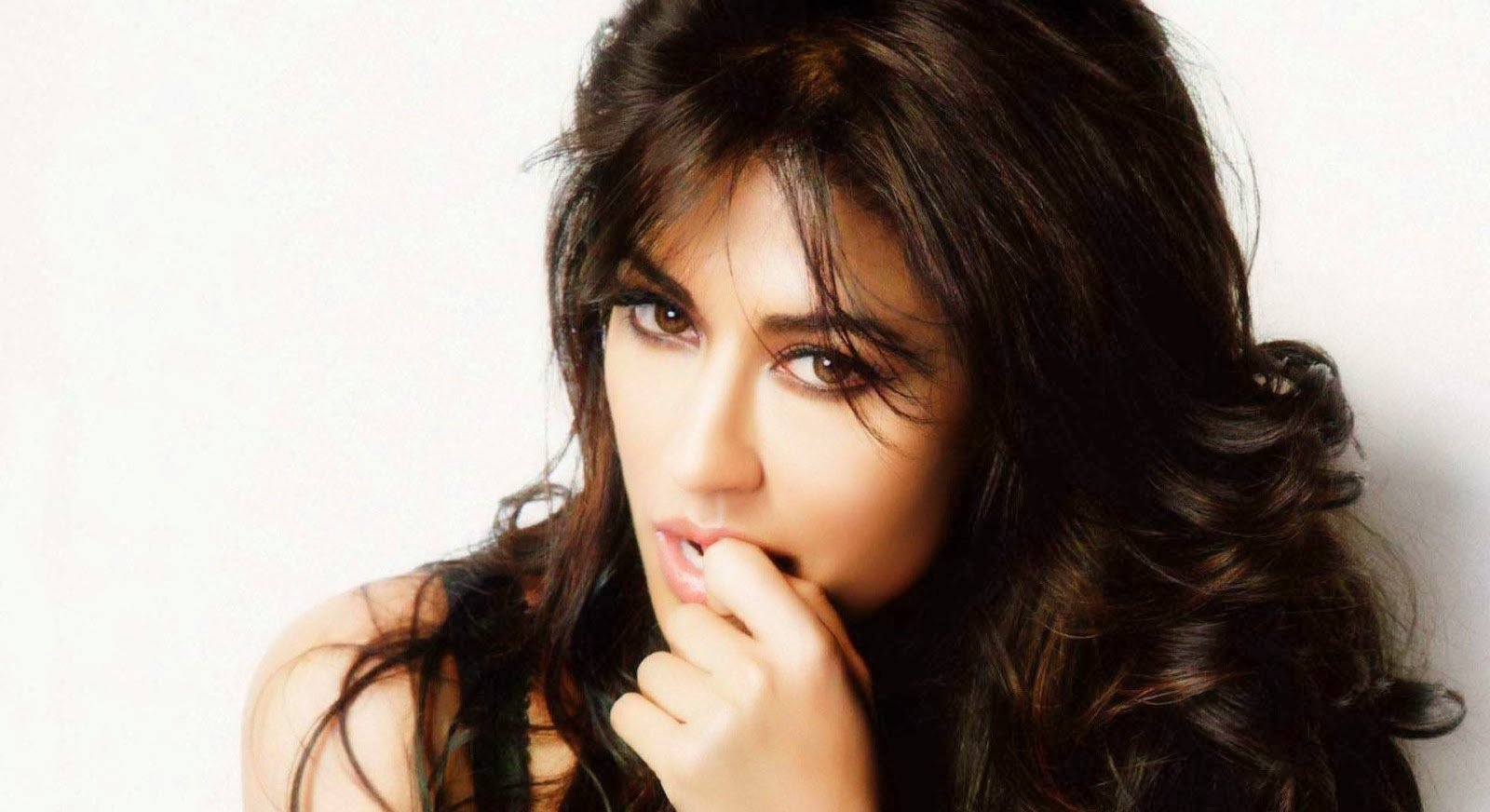CHITRANGADA SINGH_WALLSTOWN_IN_BOLLYWOOD ACTRESS