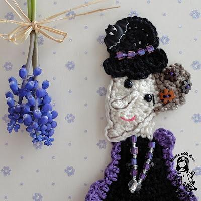 crochet by Vendulka, crochet patterns, halloween, Magic with hook and needles, VendulkaM crochet, witch brooch,