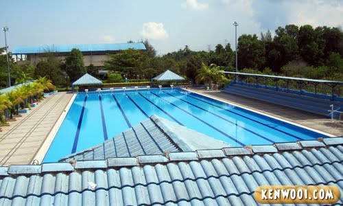 inti swimming pool