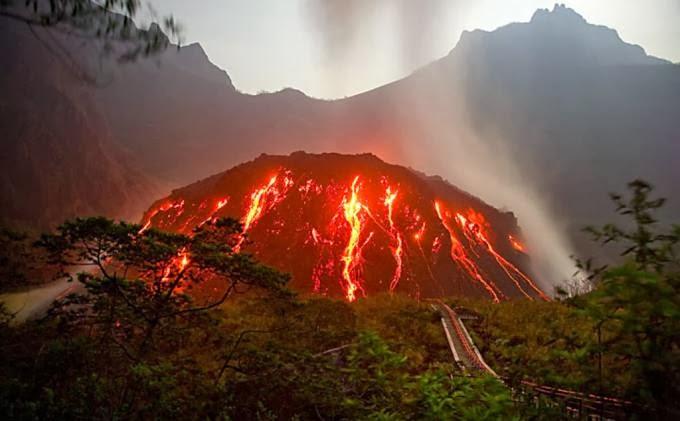 News : Letusan Gunung Kelud Tahun Ini Lebih Dahsyat Ketimbang Tahun 1990
