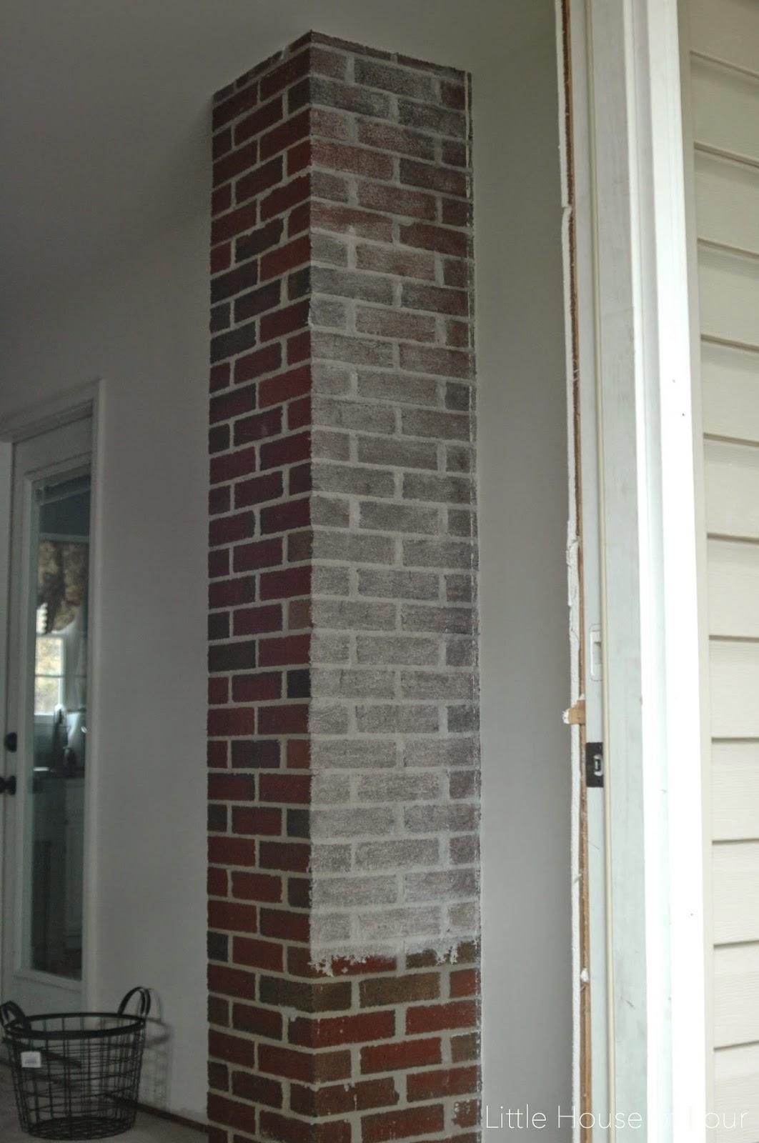 How To Whitewash Brick Mudroom Progress Whitewashed Brick Little House Of Four