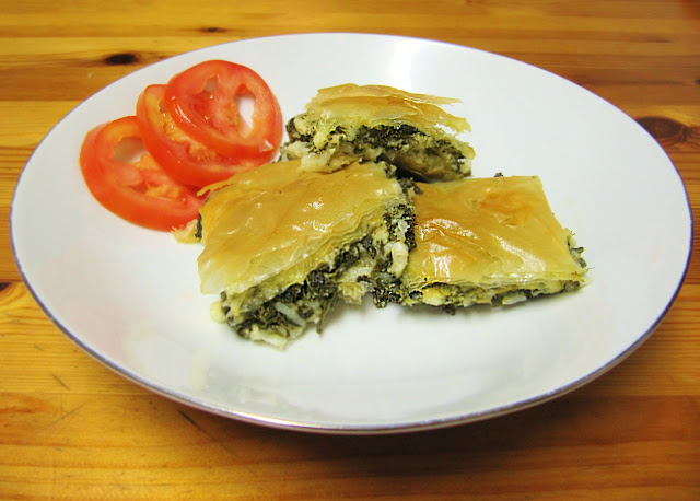 spanakopita - greek spinach pie recipe