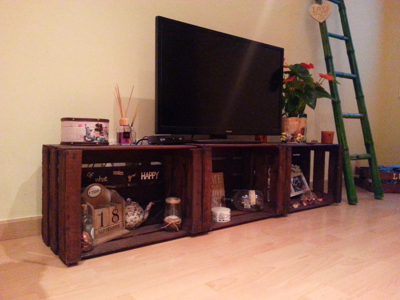 Muebles para frutas otros ejemplos mobiliario para for Muebles con cajas de fruta