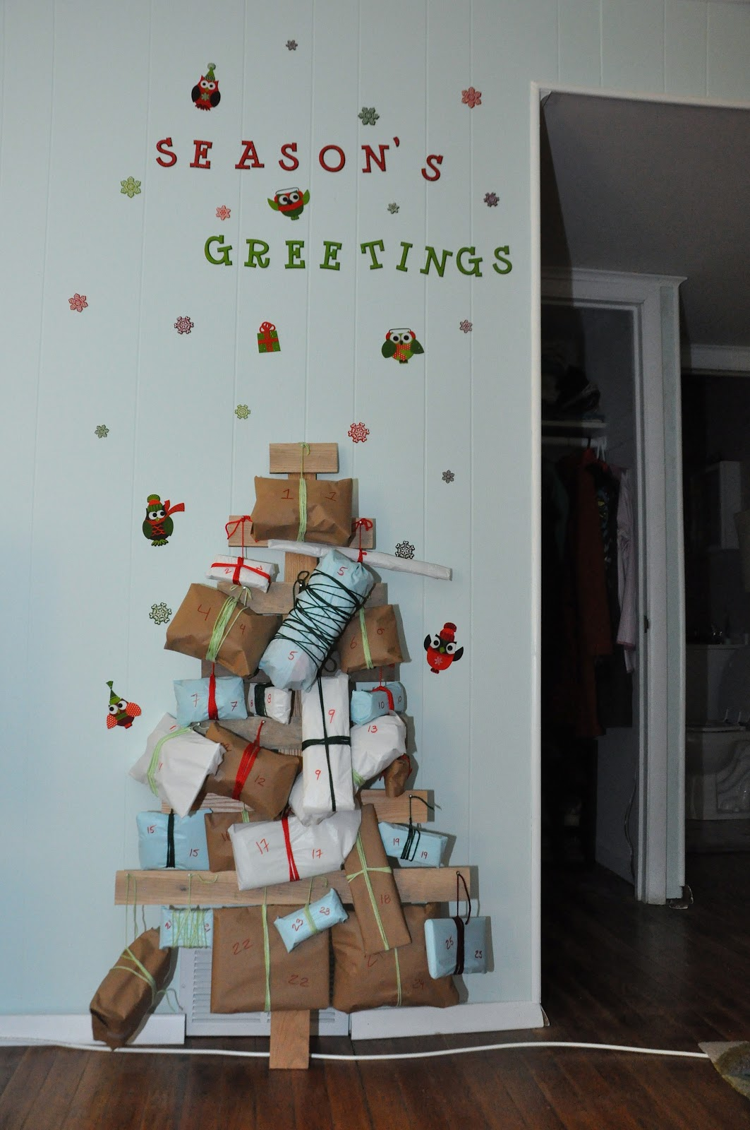 Advent Calendar House Diy : Days of diy advent calendar