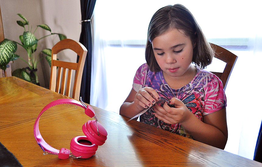 KidzSafe personal audio devices limit the audio output to a ear friendly 85db or less, with brightly colored, easily customizable devices like the D.I.Y. MyDesign Headphones. #ad