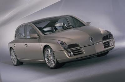 Renault mulls premium brand