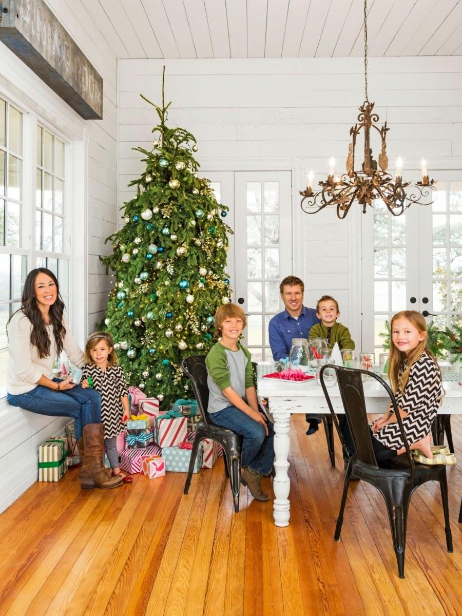 wystrój wnętrz, home decor, wnętrza, urządzanie mieszkania, Boże Narodzenie, Święta, ozdoby świąteczne, dekoracje świąteczne, styl vintage, choinka, jadalnia